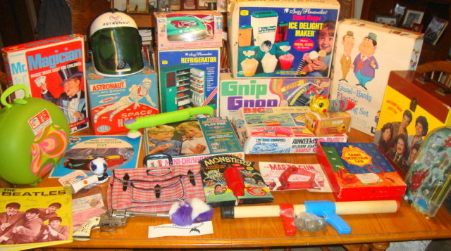 Vintage 1960s 1970s Toy Finds!