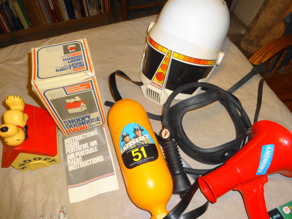 Vintage 1950s 1960s 1970s Toys & Collectibles For Sale