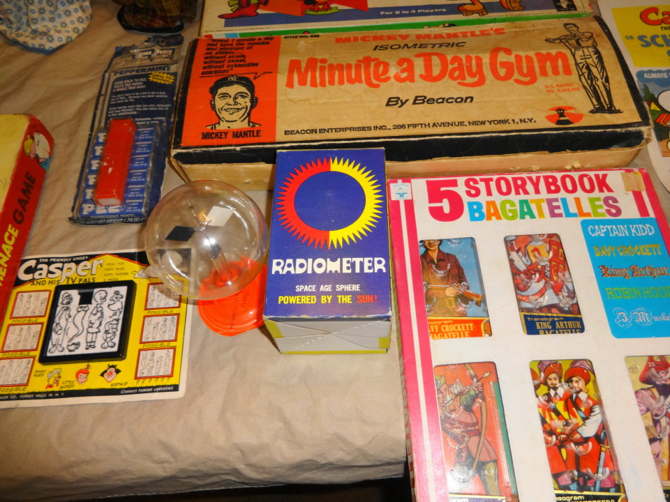 Vintage 1950s 1960s 1970s Toys & Games For Sale