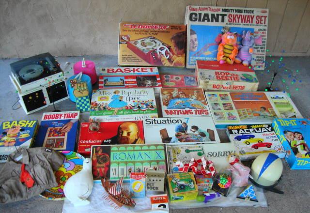 Vintage Toys & Stuff!