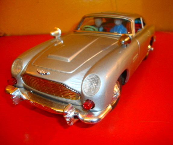 007 Aston Martin DB5 Car by Gilber 1965