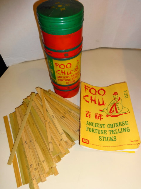 1965 Foo Chu Fortune Telling Sticks