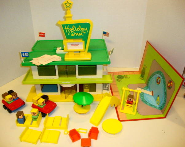 1974 Holiday Inn Play Set