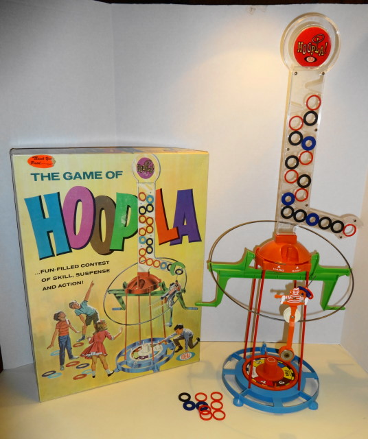 1966 Hoopla Game - Mint & Comple in so-so box