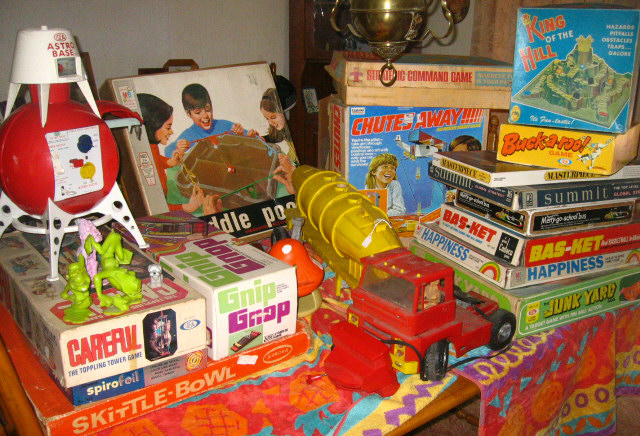 Neat Selection of 1960s & 70s Toys & Games