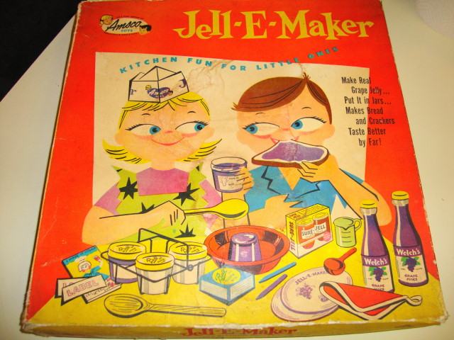 1950s Jell-E Maker Set .. Mint inside UNUSED!