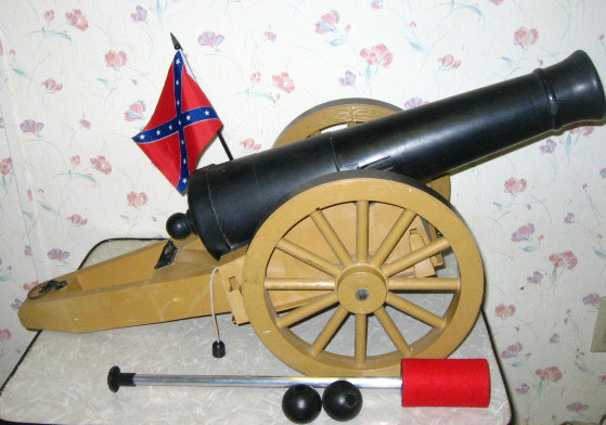 1961 Johnny Reb Cannon by Remco
