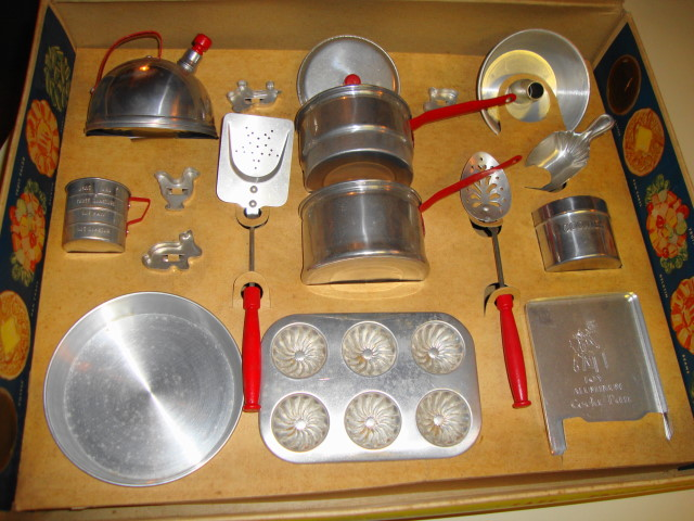 1950s MIrro Aluminum Kitchen Set