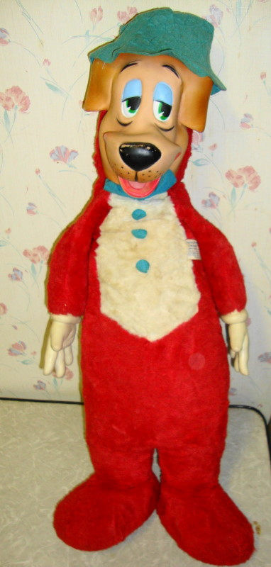 "Large 26"" Huckleberry Hound by Knicerkbocker"