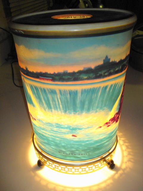 1950s Niagara Falls Motion Lamp