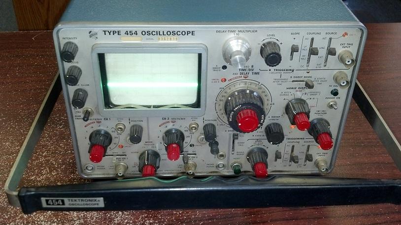 1967 Oscilloscopeby Tektronix