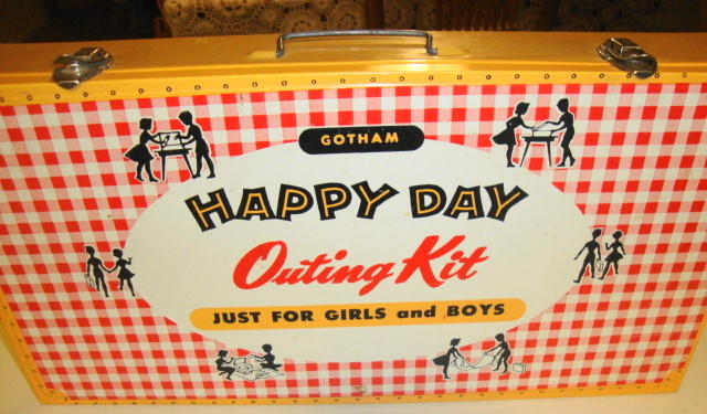 1950s Outing Picnic Kit