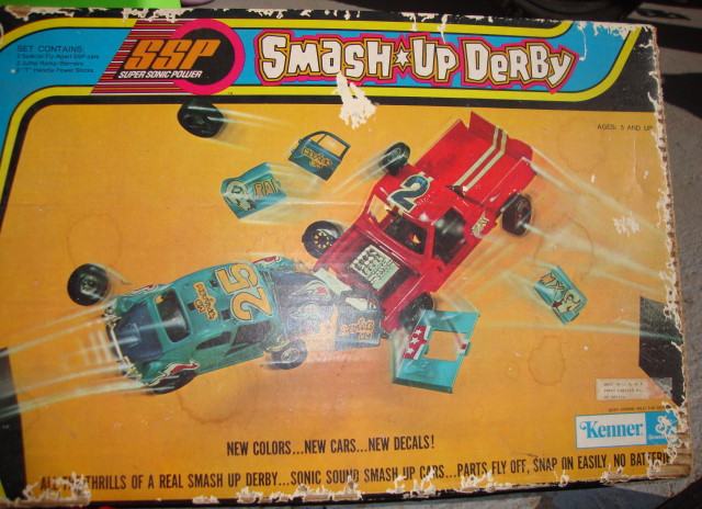 1973 Smash Up Derby Stunt Set by Kenner