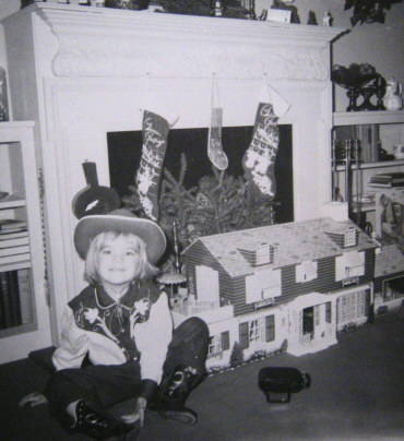 1960 Marx Tin Doll House