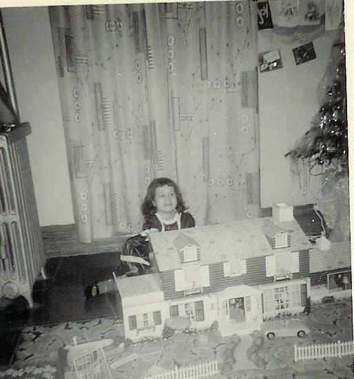 1950s Tin Litho Doll House